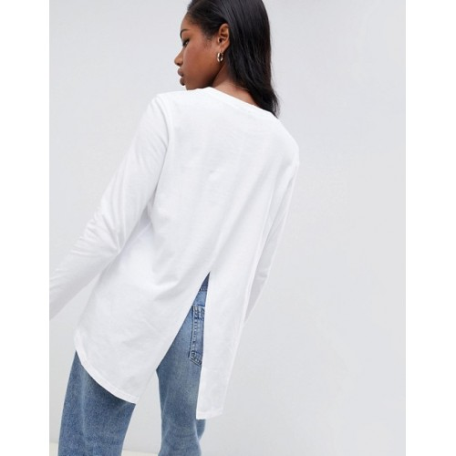 Fashion DESIGN long sleeve t-shirt with dip hem and split back in white Goes with everything Crew neck High-low hem 1271629 LGGJPOA