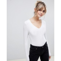 Fashion DESIGN ultimate top with long sleeve and v-neck in white V-neck Long sleeves Plain design 1183776 UYAECCB