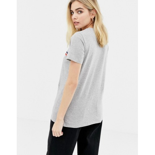 New Look NYC Girlfriend Slogan Tee Created by blending colored threads together For jersey-based experimentation Crew neck 1340494 TCMCYZS