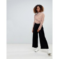 Weekday pleated velvet cropped pants Mid rise Stretch waistband Pleated design 1360039 SJGDSHT