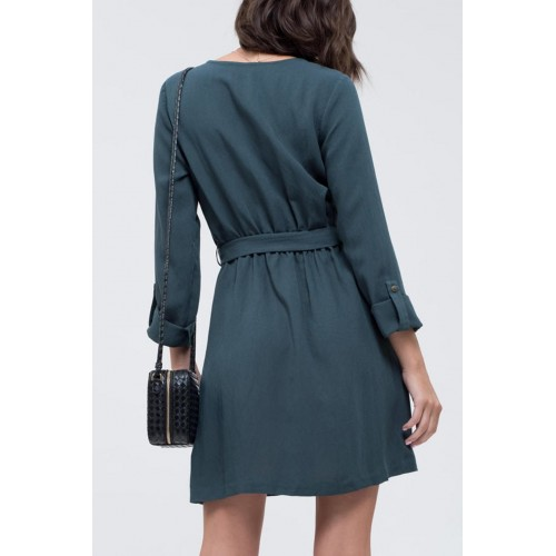 Blu Pepper Flirty Autumn Dress Hunter green dress with mid-length sleeves and buttons going down the dress 90% Rayon 10% Nylon UXXCYXM